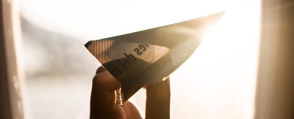 I don't get making model airplanes, but paper airplanes? Sign me up!