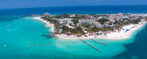 Want The Caribbean Fast And Cheap? Book a Cancun Vacation