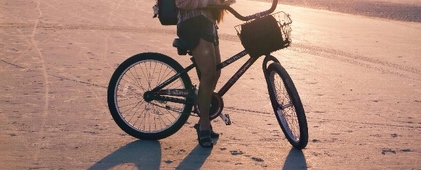 Beach cruiser bikes with cup holders made me a believer in bike riding