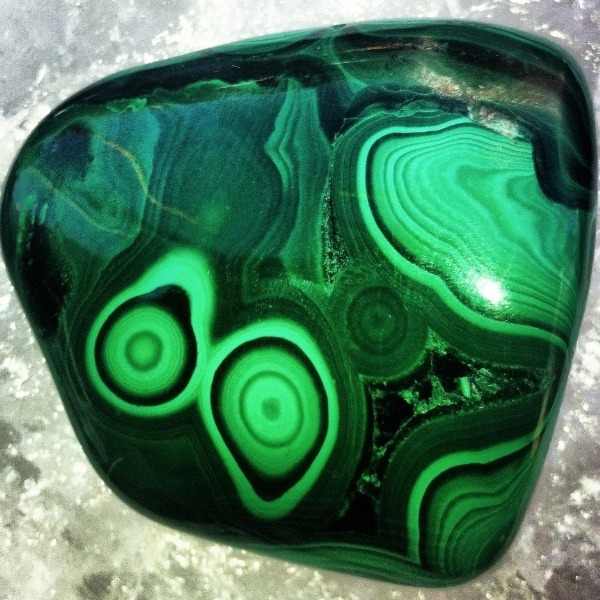 Don't Make Gemstone Water With Malachite. There Are Serious Health Risks